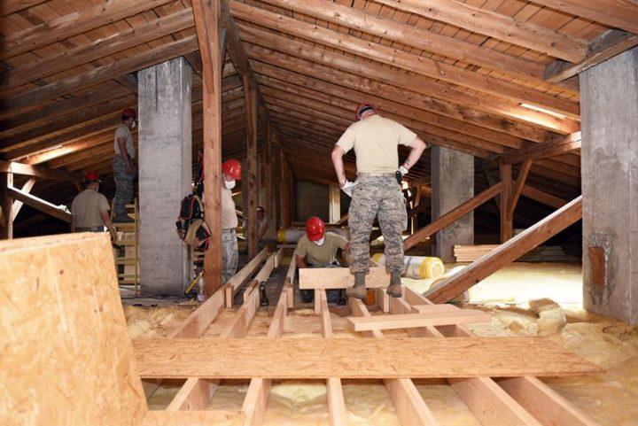 Les diff rentes charpentes pour supporter la toiture de la maison for Differente toiture maison